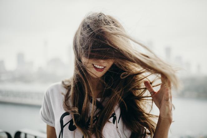 Jak wzmocnić włosy po ciąży?