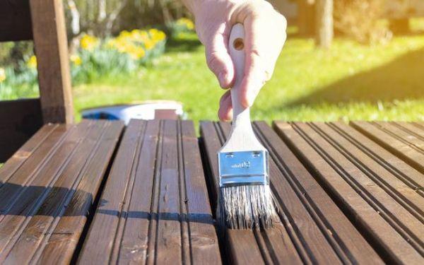 Jak utrzymać drewniany taras w dobrym stanie?