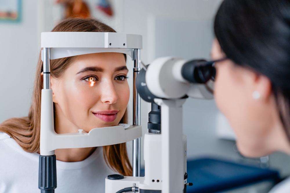 Choroby oczu i wady wzroku - objawy, przyczyny i leczenie